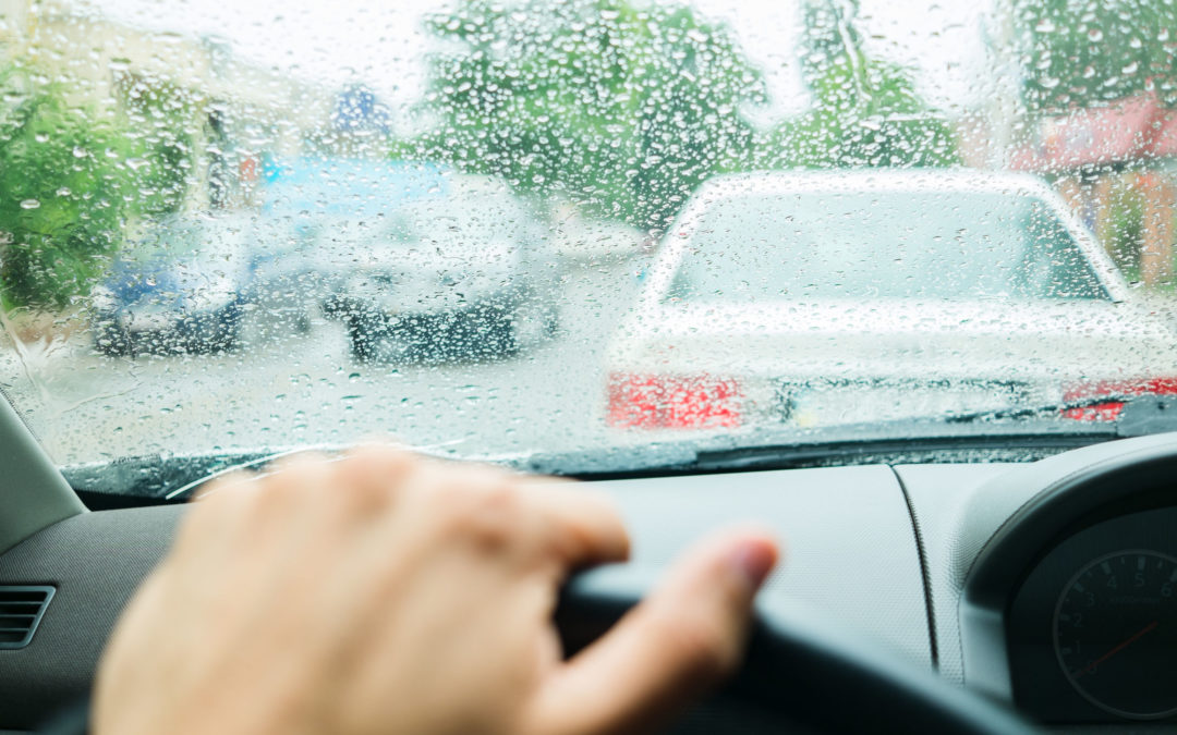 6 Tips for Driving in Rainy Weather